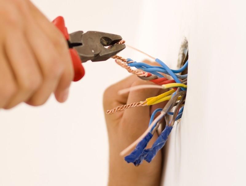 elektrik prizi nasıl değiştirilir